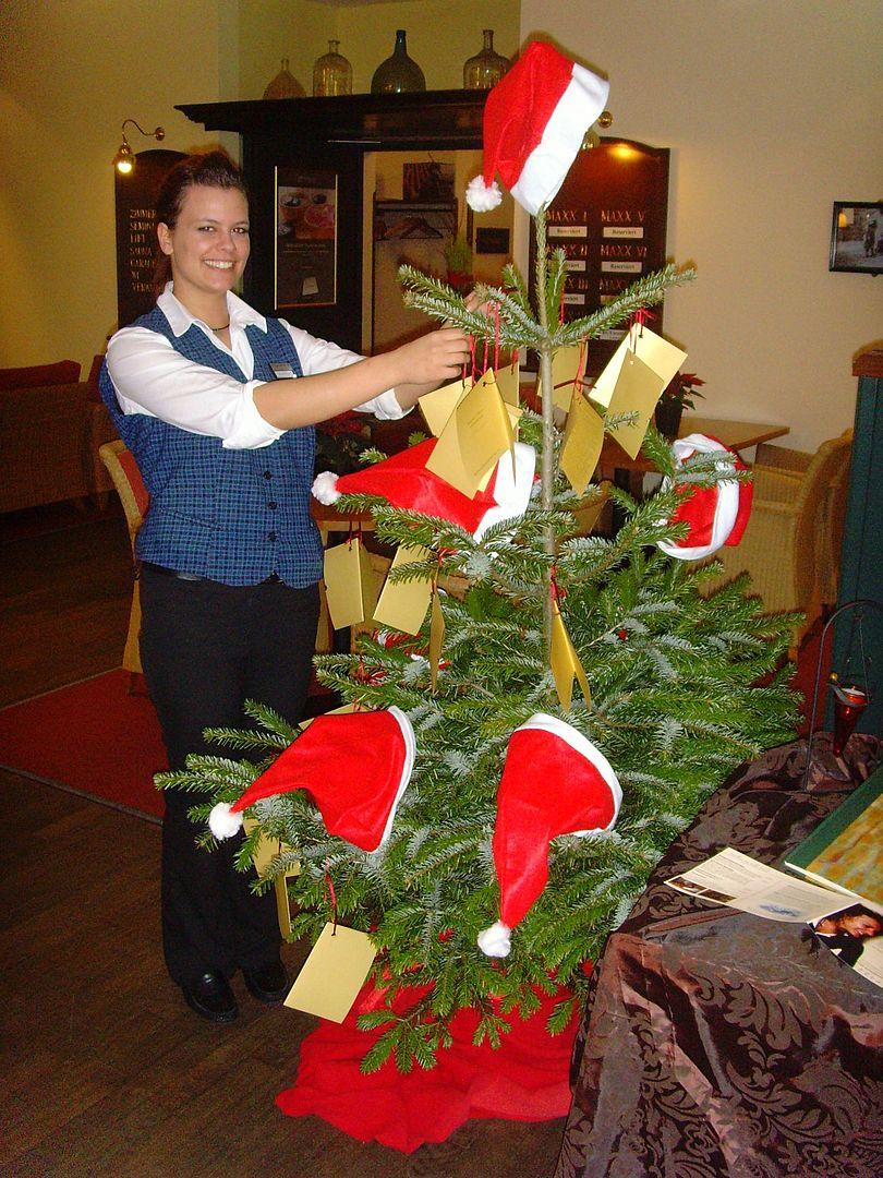 weihnachtsbaum voller kinderw nsche in deidesheim kinderheim st annastift